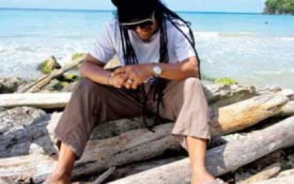 "Maxi Priest :: ""Holiday"""