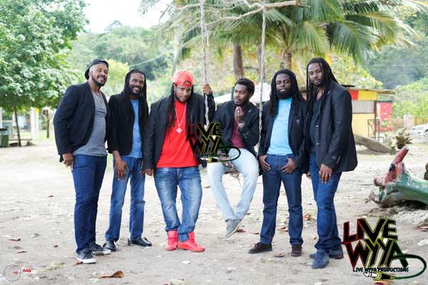 Live Wyya Band